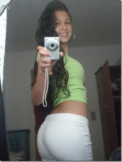 Garotas com calças super apertadas (11)
