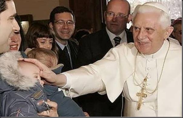 As várias faces de Papa Bento XVI (7)
