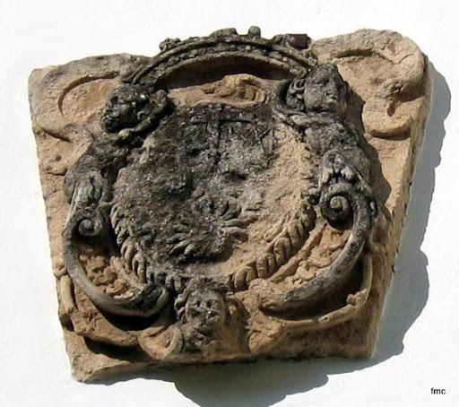 Escudo heráldico de la Orden de Mínimos