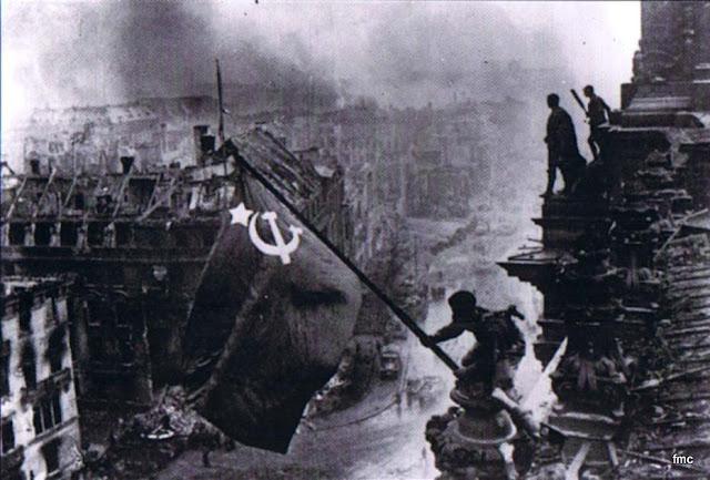 Otra foto de la Toma del Reichstag 1945