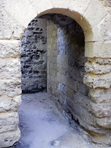 Puerta de subida a la Avenida del Alcázar.