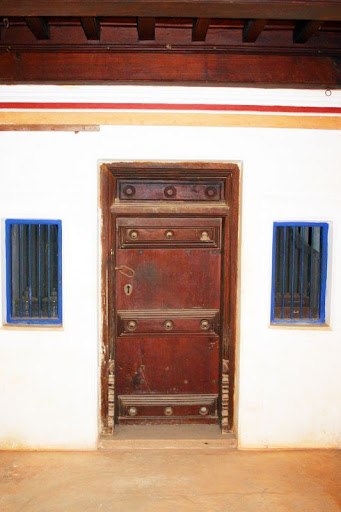 Old Styled wooden Main Door in Tanjore Houses