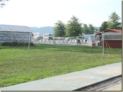 campgroundpool07-18-10j