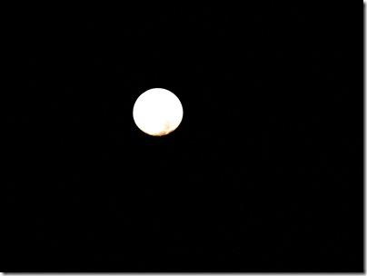 Moonset09-25-10a