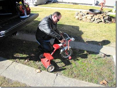 Sam's new trike11-1310a