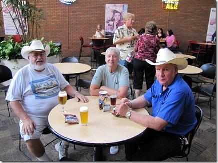 Sam,Phyllis&Len05-24-11a