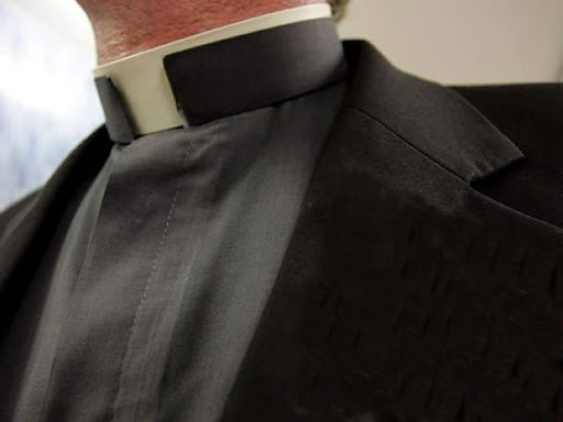 http://lh3.ggpht.com/__ZItfc-xT4M/TDY_KEVQkiI/AAAAAAAABWs/m6BmTqDD3ns/sacerdote%20Francey%20D%C3%ADaz%20Toro.jpg