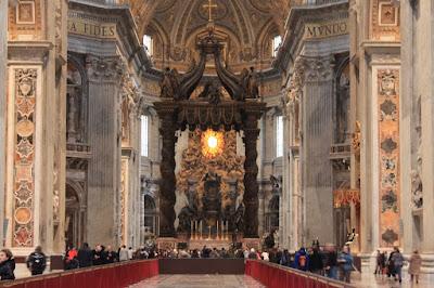 Altar da Basílica de São Pedro - Vaticano