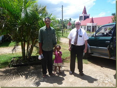 President Felengi Havea and his daughter with Elder Hawley