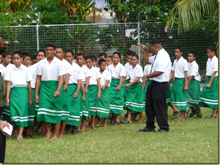 Ahopame' instructs boys at Havelu Middle School