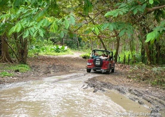 Costa Rica Jeep Wrangler 1