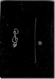 treble clef music 001_crop