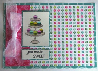 2011 02 LRoberts 30 Minute Tiers of Cupcakes Card