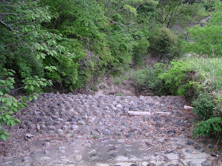 洪水吐というか余水吐の導流部