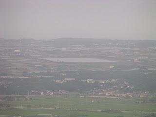 蔵王山展望台から万場調整池を望む
