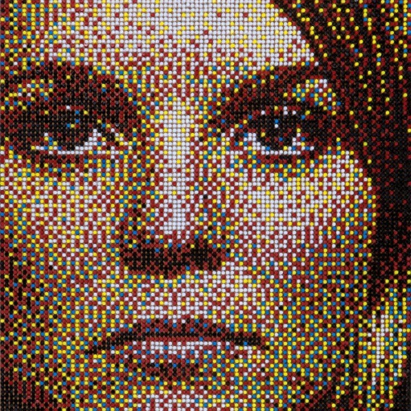 Push Pin Portraits by Eric Daigh