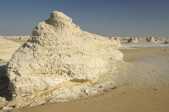 white-desert (3)