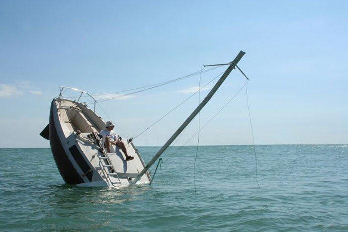 sinking-boat (9)