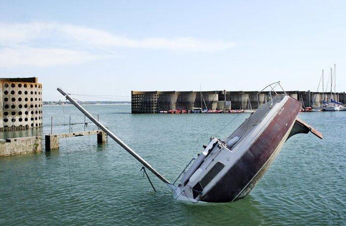 sinking-boat (1)