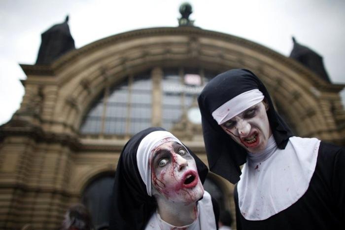 zombie parade (9)