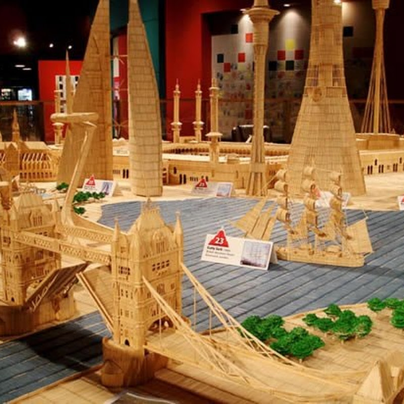 Famous landmarks made out of 6 million toothpicks