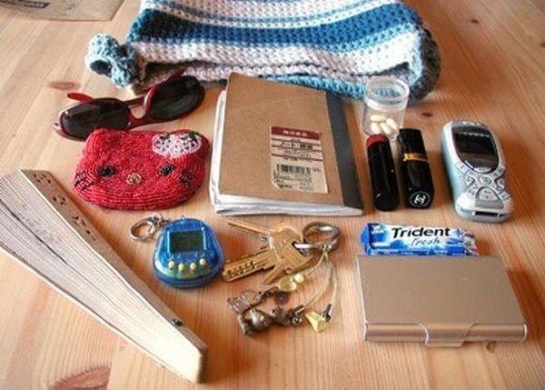 handbag-content (5)