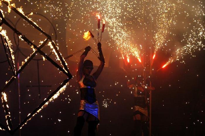 fire-festival (3)