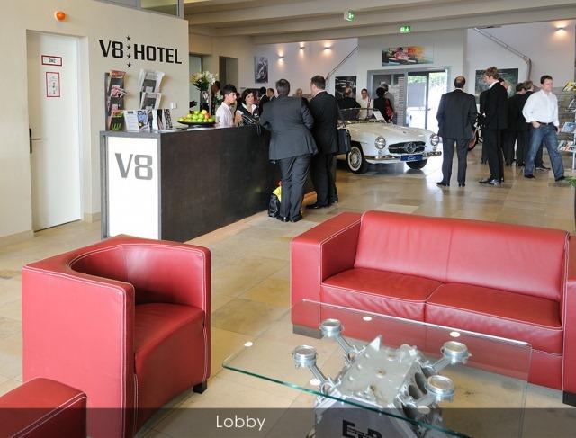 v8-hotel (3)