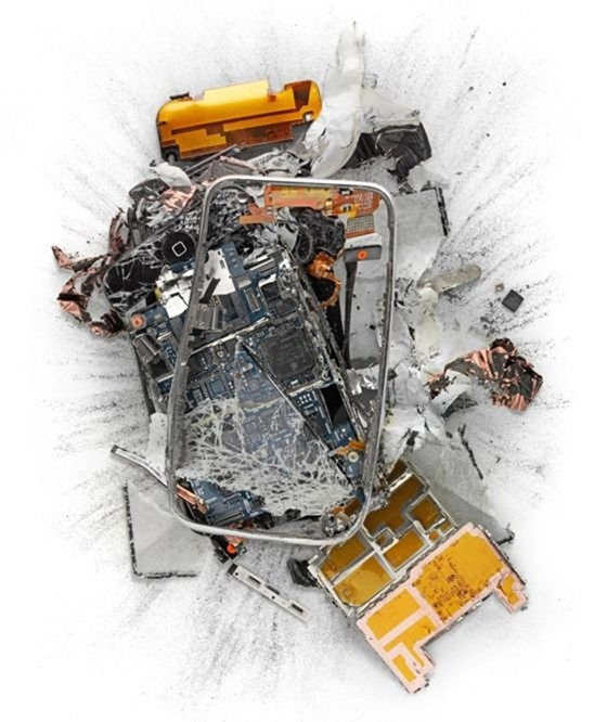destroyed-apple-products (7)