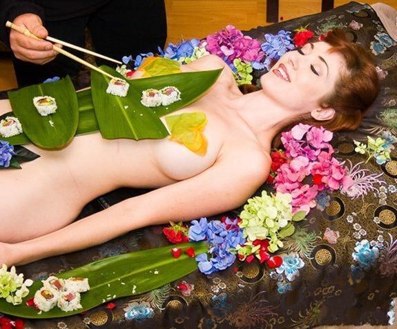 naked-body-sushi (3)