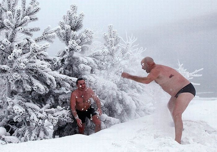 winter_swimming_in_siberia_06