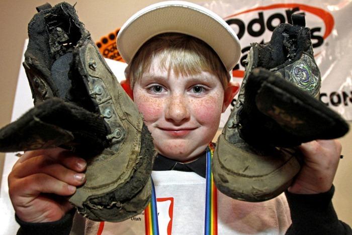 rotten-sneaker-contest4