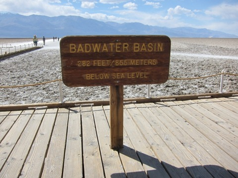 Death_Valley_Bad_Water