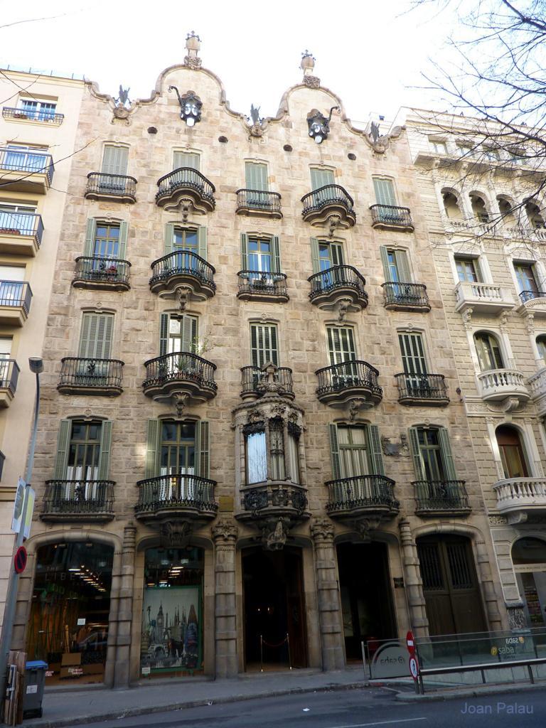 Casa calvet barcelona modernista i singular - Casa modernista barcelona ...