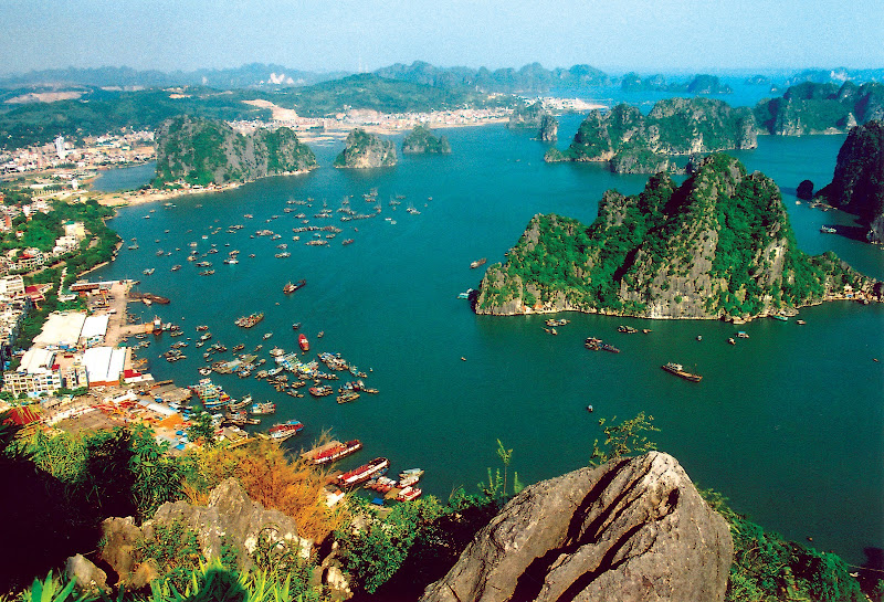 A view of one of the beautiful Vietnam bays