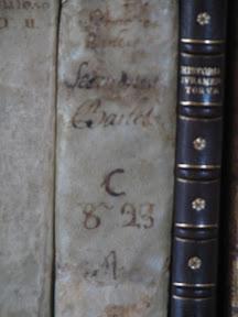 Lomo manuscrito.