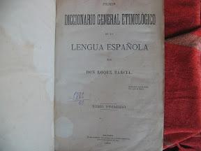 Portada con diseño decimonónico, con cuatro tipos de letra diferentes, me gusta especialmente el de «Lengua española».