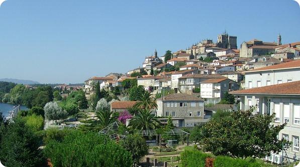 Vista de Tui desde o Mirante
