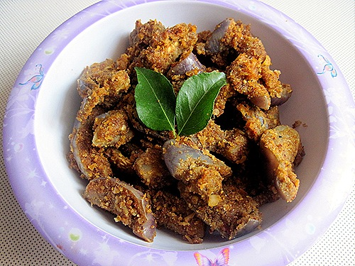KATHRIKAI PODI CURRY
