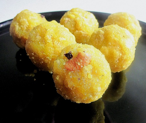 Boondi laddu