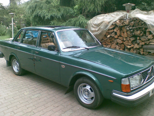 Volvo Posseduta: 244 gle 1979