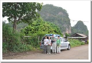 VilmaPix-scenic view with car