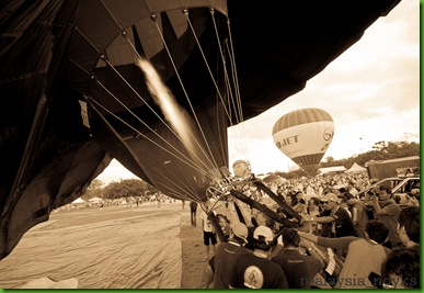 Hot Air Balloon Putrajaya 2011 (17)