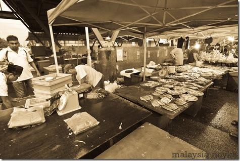Satok market, kuching 8