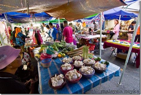 Satok market, kuching 12