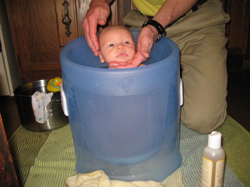 How\'s Lewin Doin\'?: Bath Time!
