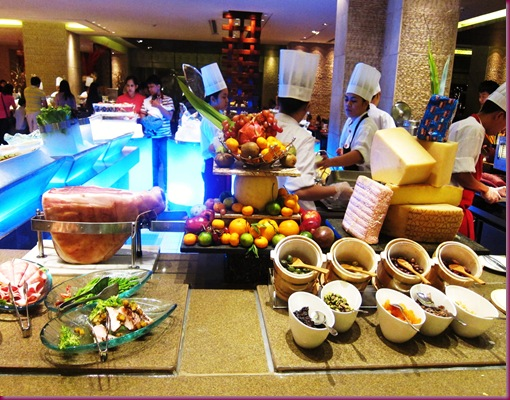 Heat buffet edsa shangri-la cheese