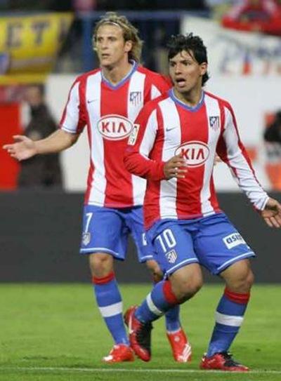 Forlan y Aguero del Atlético de Madrid