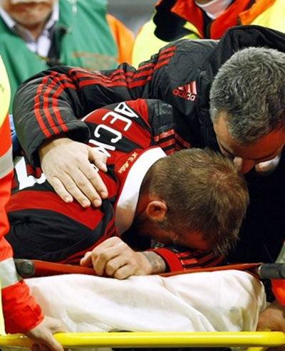 David Beckham se lesiona y podría quedar fuera del Mundial Sudáfrica 2010