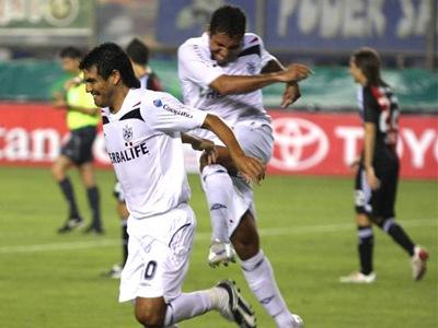 San Martín goleó 4-0 a Cristal